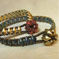 Wrap bracelet DiamonDuo and seed beads