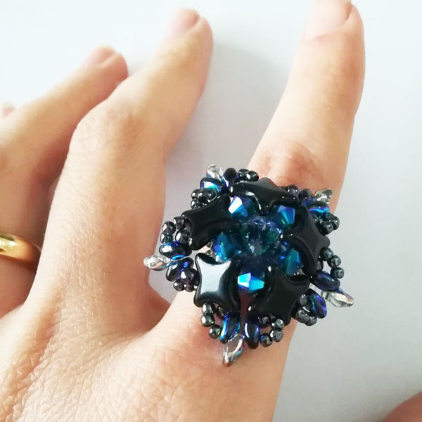 DIY ring with Star Beads glass beads and Swarovski crystals ...