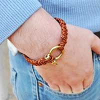 Macrame bracelet man leather cord and clasp shackle