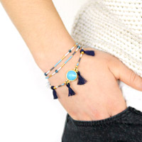 Swarovski cristal crystal blue and Miyuki Delicas multicolored cabochon bracelet