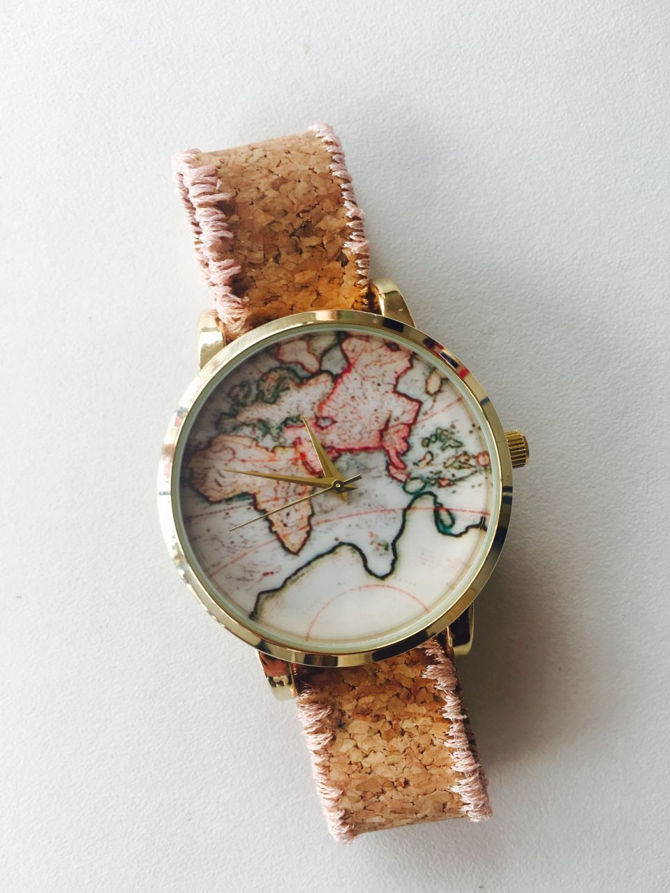 Diy watch world map embroidered cork bracelet perles co dmc thread embroidery on diy watch bracelet in cork gumiabroncs Gallery