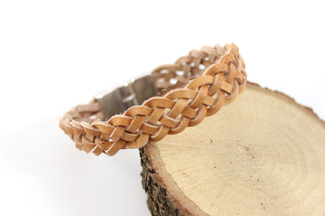 DIY Braided Leather Bracelets Celtic Ears or 6 strands - Perles & Co