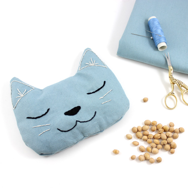 Cat shapped Dry Hot-water bottle with cherry stones