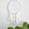 DIY Dreamcatcher - Making a Simple DIY Dream Catcher with a Crocheted Doily
