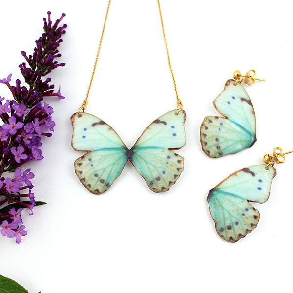 Organza butterfly necklace, Fimo paste and UV resin - Perles & Co