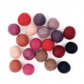 Assortment of woolfelt balls 15 mm Red Mix x20