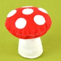 Creative kit in wool felt - Mushroom Pin cushion x1
