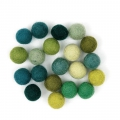 Assortment of woolfelt balls 15 mm Green Mix x20
